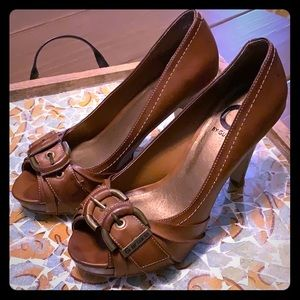 G by Guess 4 inch brown open toed heel with buckle